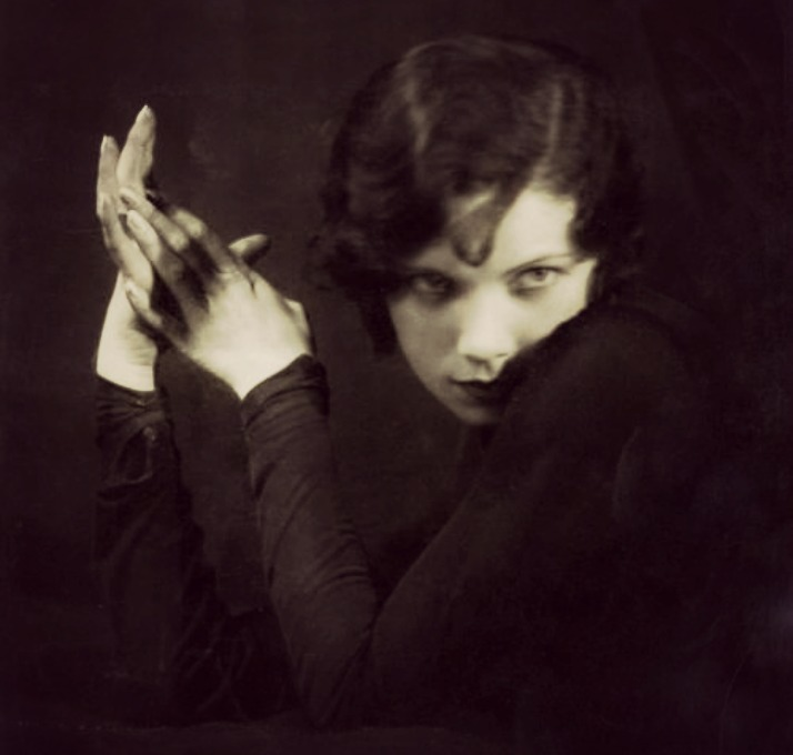 "Spirirtuelle Ottilie Ethel Leopoldine ""Tilly"" Losch, Countess of Carnarvon"