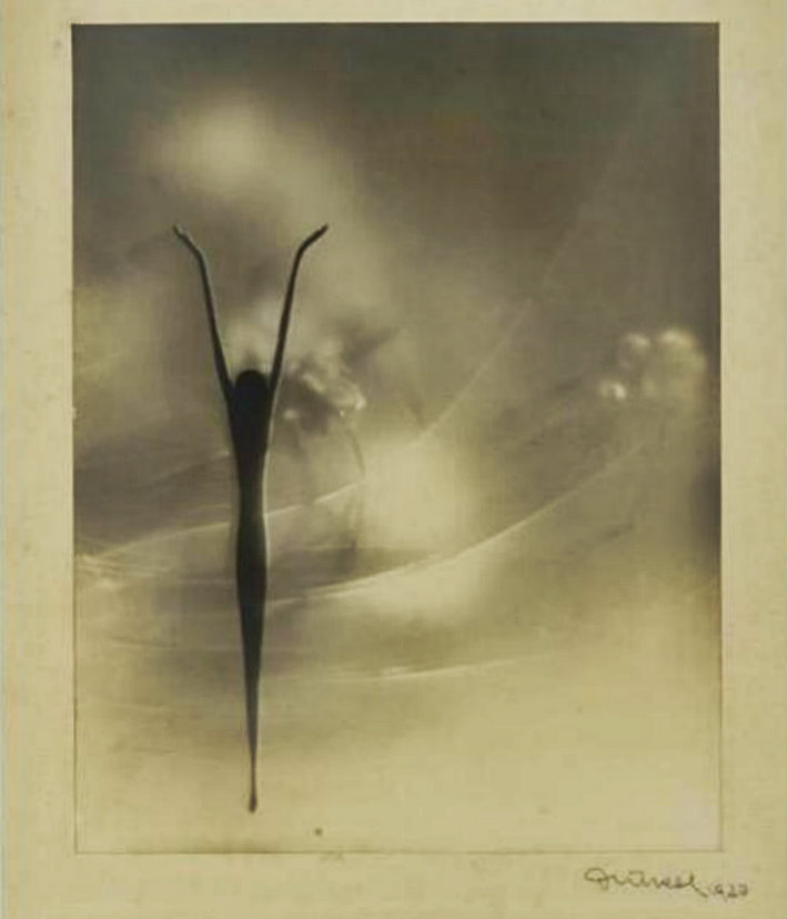 Vivify image by Frantisek Drtikol Phantasie 1930