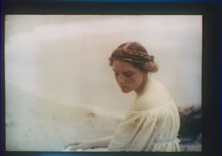 Hiraeth Lady of the sea. Arnold Genthe Autochrome (1910′s)