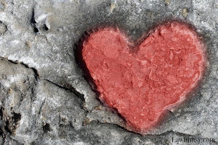 induratize-stone-heart-wall-art-via-lawhimsy