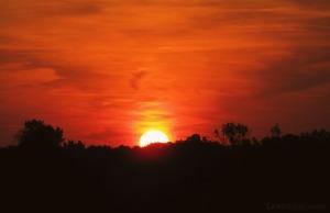 nacarat sunset burning bright via LaWhimsy