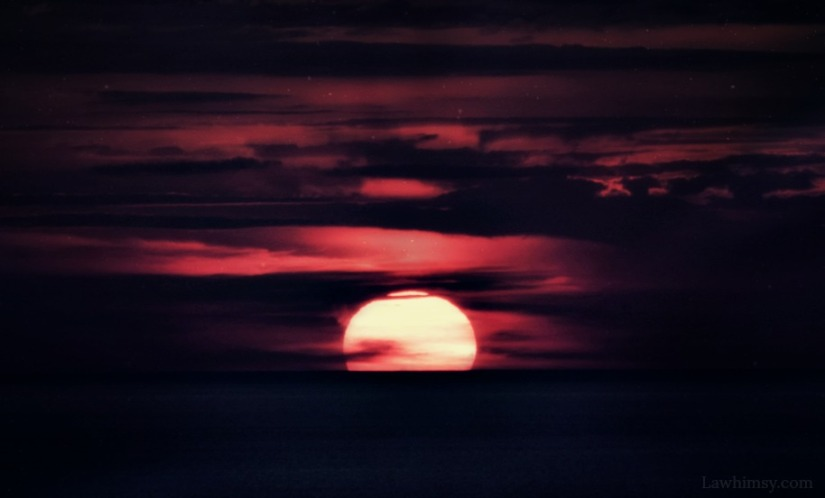 the sempiternal nature of a darkening twilight sky via LaWhimsy